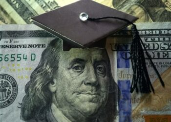 How to Pay for Graduate School: Explore All Options Available